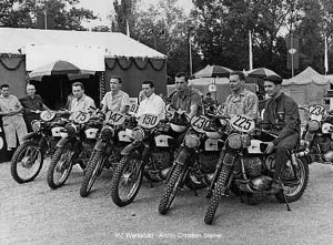 The 1964 Trophy winners, DDR MZ team with Horst Lohr, Peter Uhlig, Werner Salevsky, Hans Weber, G�nter Baumann and Bernd Uhlmann