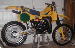 1983 Suzuki RM250 with the excellent Full Floater rear suspension introduced in 1982