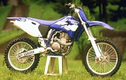 Young legend !. Thumpers strike back. Yamaha YZF 400 -99